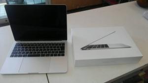 Mac Book Pro 買い取りました