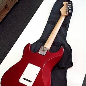 エレキギターを買取させていたただきました