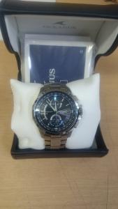 CASIO OCEANUS 電波ソーラ時計を買取させて頂きました。