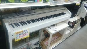 CASIO 電子ピアノを買取させて頂きました。