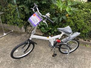 20インチ折りたたみ自転車の新品を買取りさせていただきました。